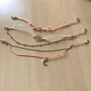 Claire's Gold Dainty Bracelet set